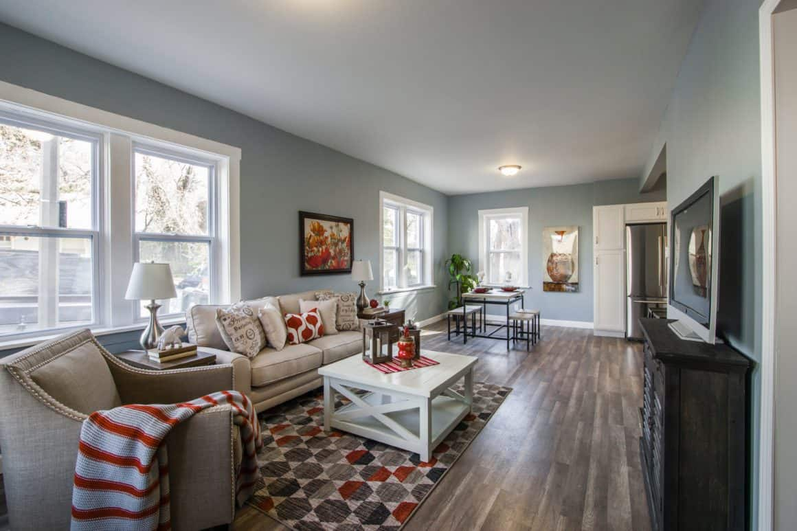 How to Get Your Living Room Ready for Spring